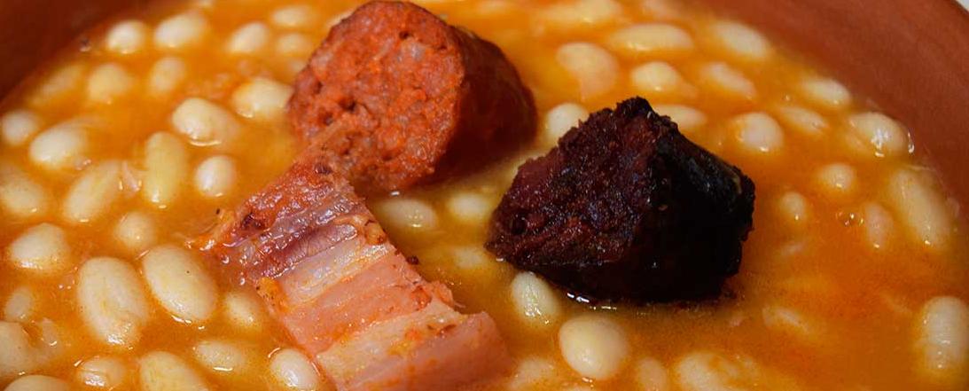 Receta de fabada asturiana realizada por el robot de cocina Moulinex MaxiChef
